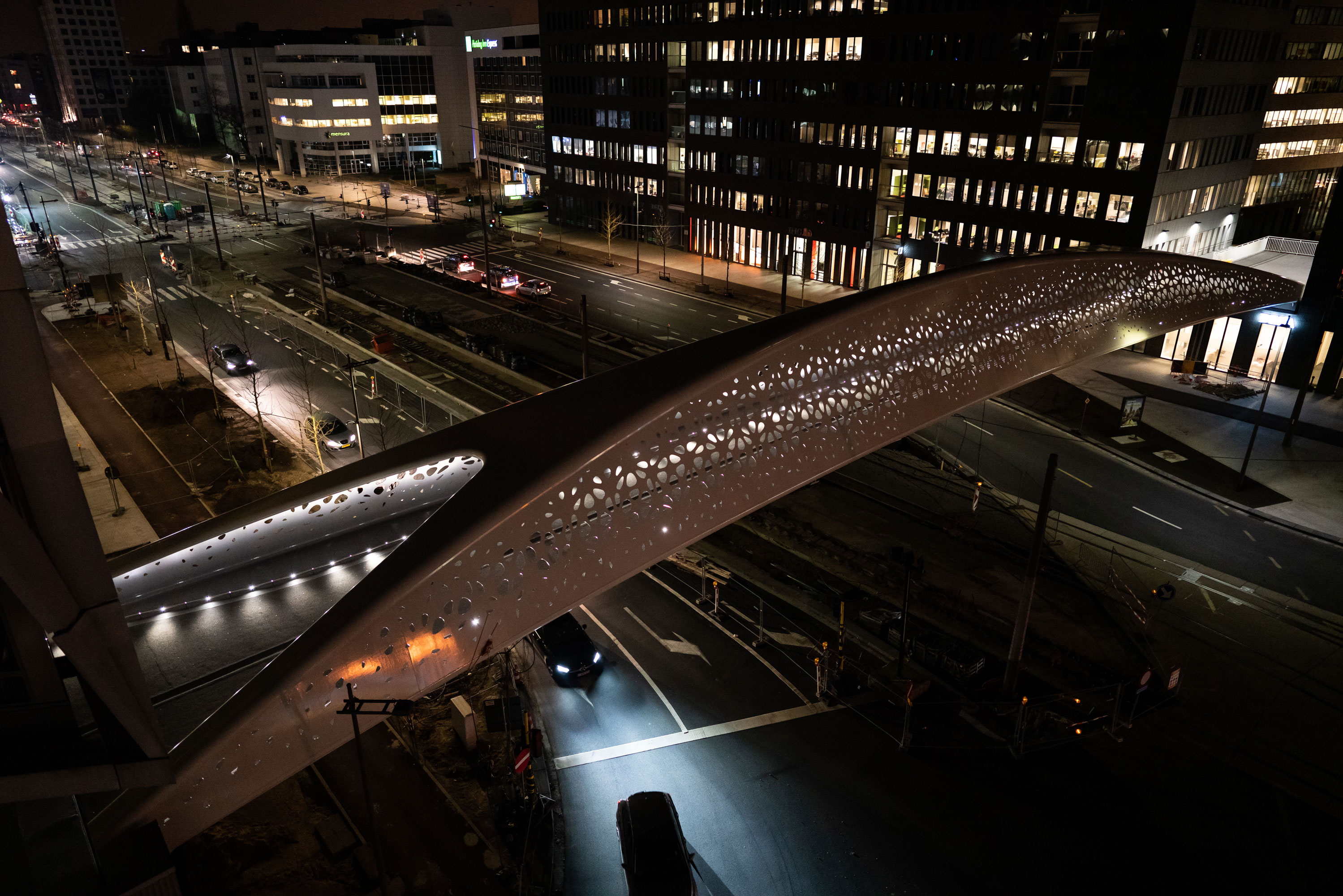 Parlbrug Antwerp StarGuide Maxi LED